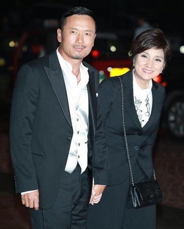 5 cặp đôi thiên trường địa cửu của TVB-10