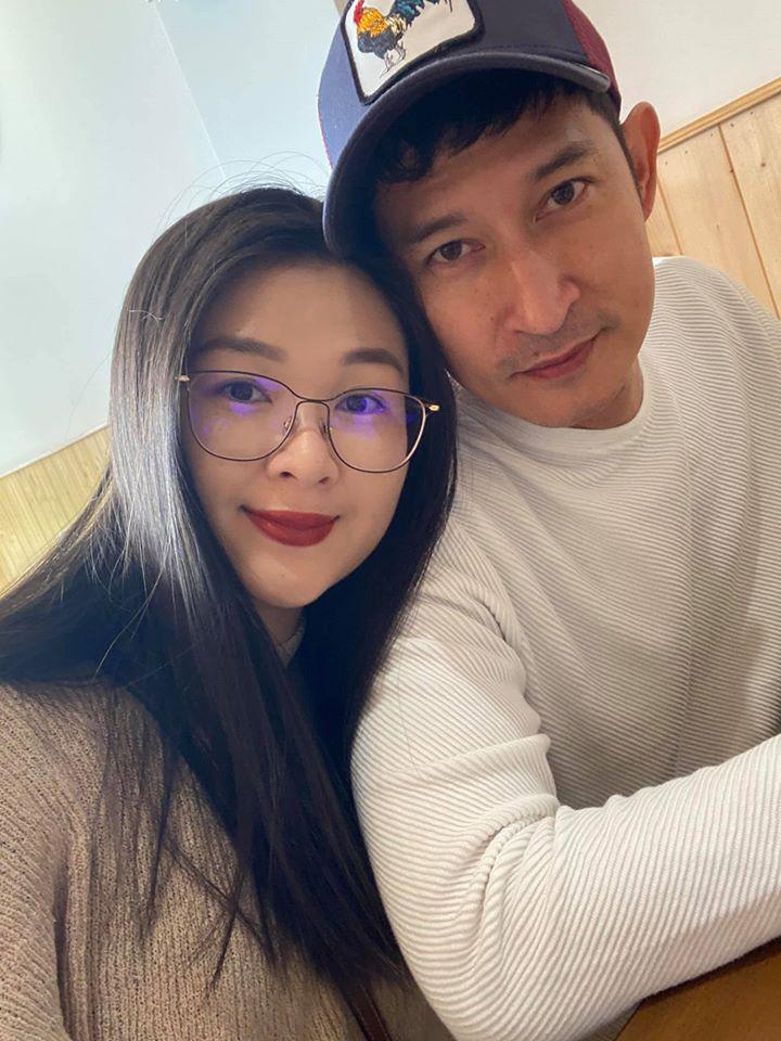 Vợ mới và tình cũ Huy Khánh: Người sống bình yên, kẻ thích ồn ào-5
