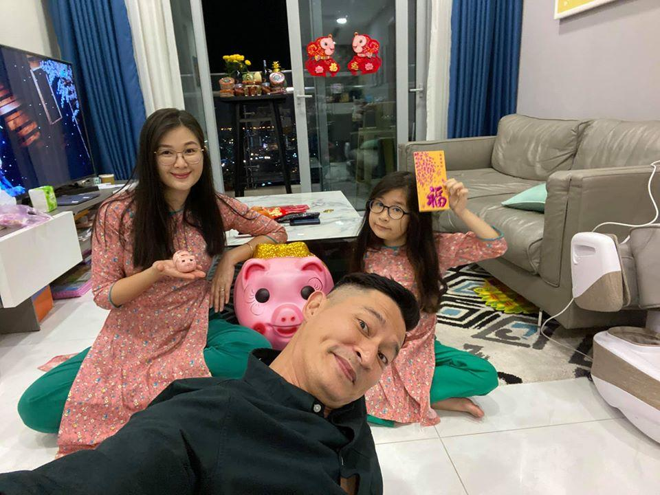 Vợ mới và tình cũ Huy Khánh: Người sống bình yên, kẻ thích ồn ào-6