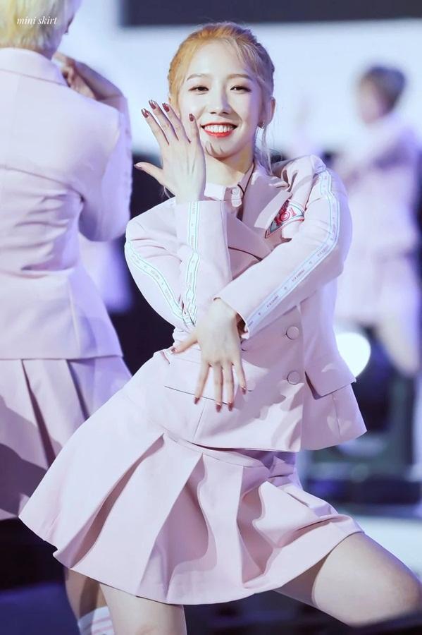 Điểm danh 8 thần tượng Kpop bật sáng nhờ tham gia show sống còn Trung Quốc-2