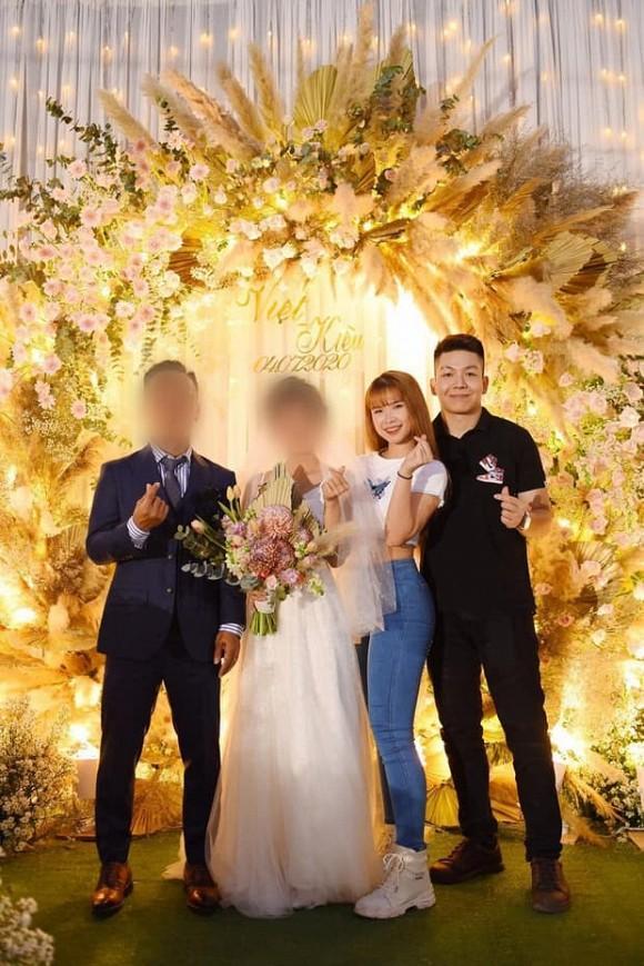 Đi đám cưới, Khởi My diện đồ giản dị trong khi Kelvin Khánh lộ thân hình phát tướng-2