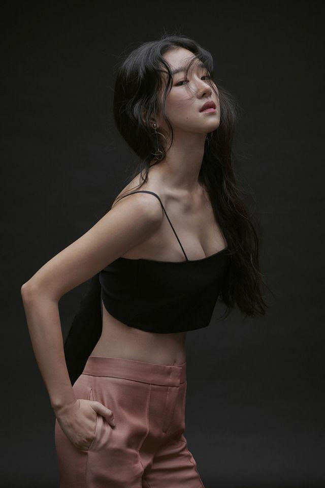 Điên nữ Seo Ye Ji sở hữu mình hạc xương mai - vòng eo siêu thực-13