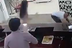 Dám sàm sỡ cô gái gốc Việt, gã đàn ông nhận hậu quả khiến hắn phải hối hận cả đời