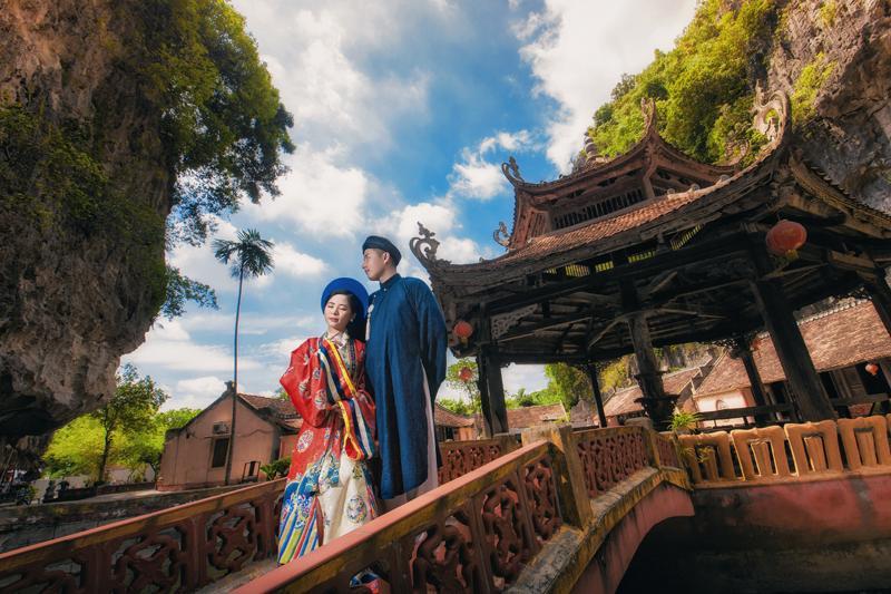 Ảnh cưới xuyên không của cô nàng Phú Quốc chủ động cầm cưa crush bằng list nhạc thất tình-1