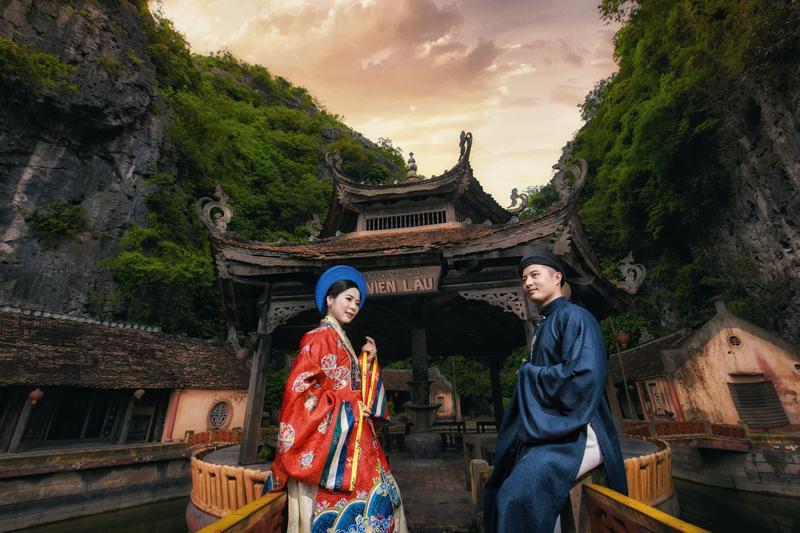 Ảnh cưới xuyên không của cô nàng Phú Quốc chủ động cầm cưa crush bằng list nhạc thất tình-3