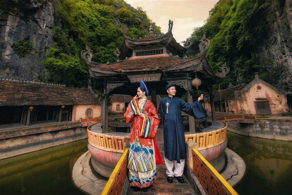 Ảnh cưới xuyên không của cô nàng Phú Quốc chủ động cầm cưa crush bằng list nhạc thất tình-4