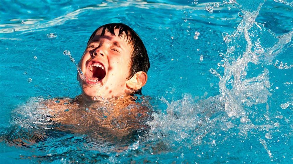 Miền Bắc nắng nóng cực điểm, chỉ trong 10 ngày có tới 13 học sinh đuối nước thương tâm-5