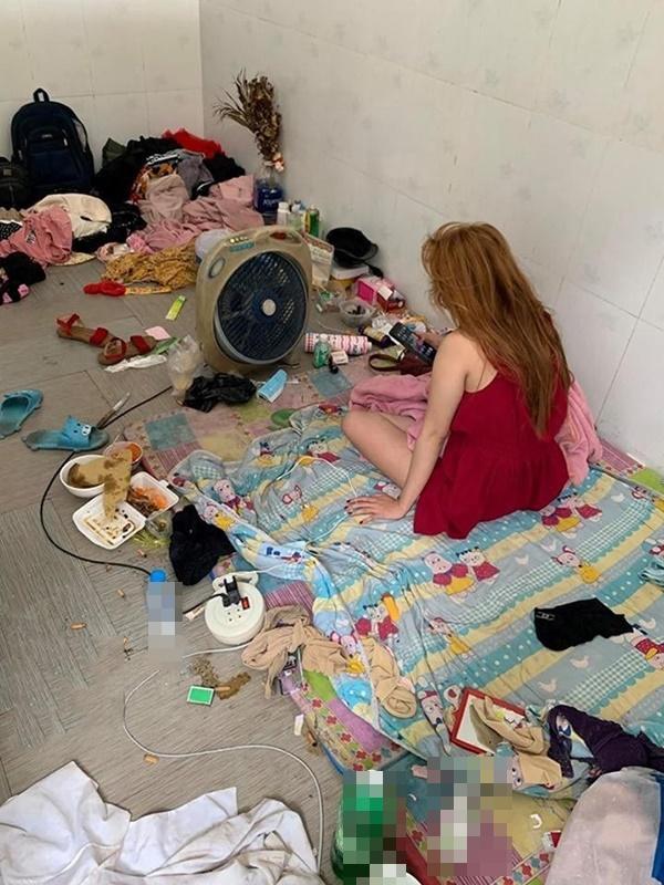 Chủ khách sạn hết hồn với căn phòng ngập rác, còn bị 2 gái đẹp bùng tiền-6