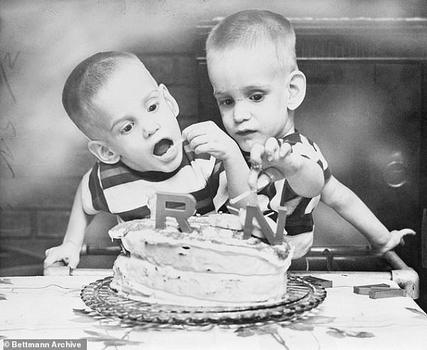 Cặp song sinh liền thân lớn tuổi nhất thế giới đã qua đời-3