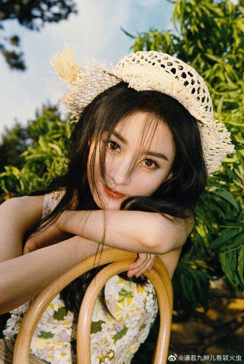 Top 10 Nữ diễn viên Trung Quốc sở hữu phim có lượt xem cao nhất Youtube: Triệu Lệ Dĩnh trở thành Bà hoàng, Trịnh Sảng vượt hạng Dương Mịch-2