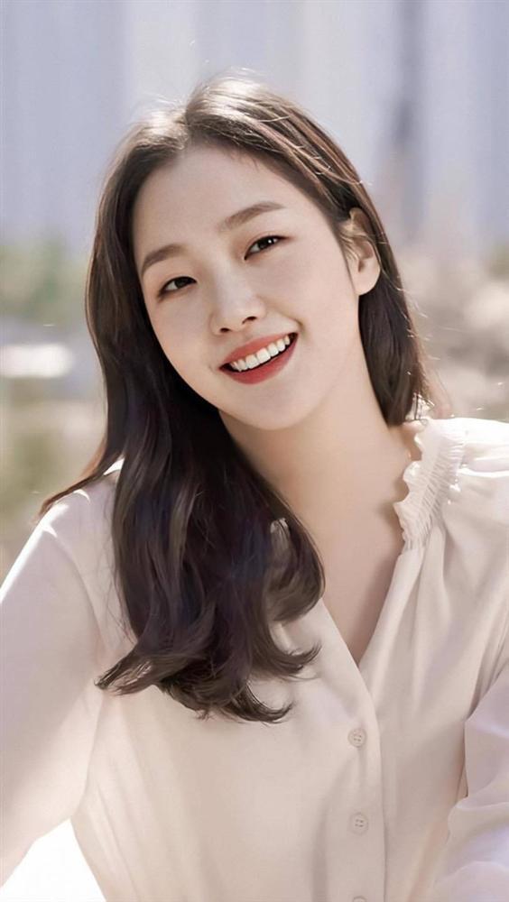 Người tình tin đồn của Lee Min Ho có gì nổi bật so với 2 bạn gái cũ?-3