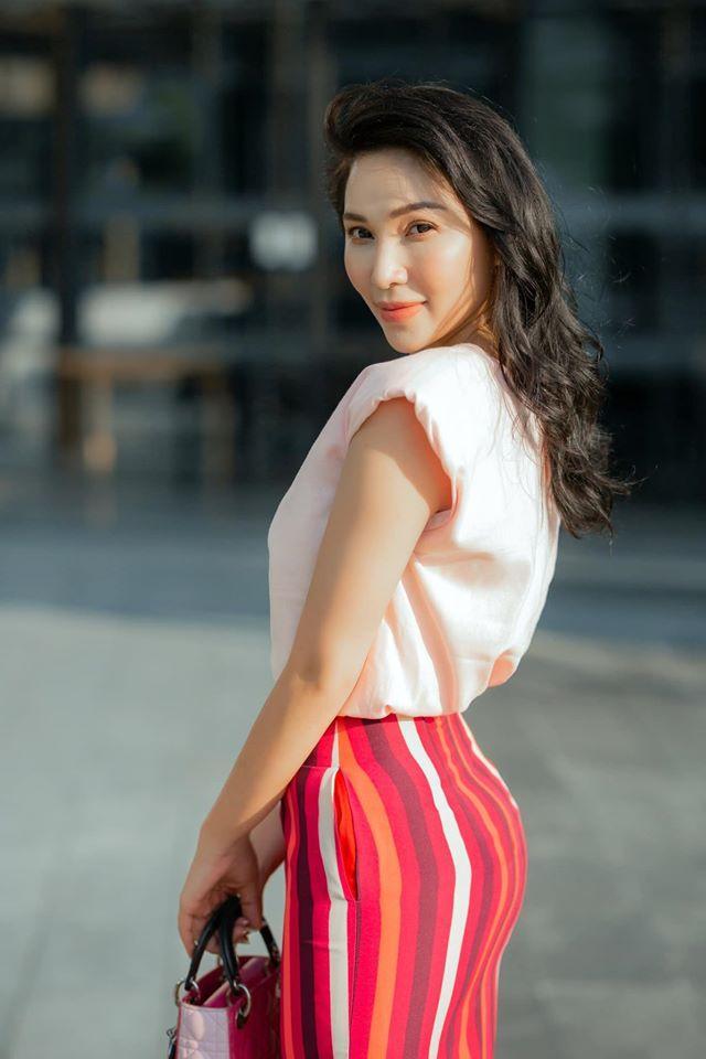 Đường tình lắm mối của Quỳnh Thư - mỹ nhân bị đồn yêu chồng cũ Quỳnh Nga-2