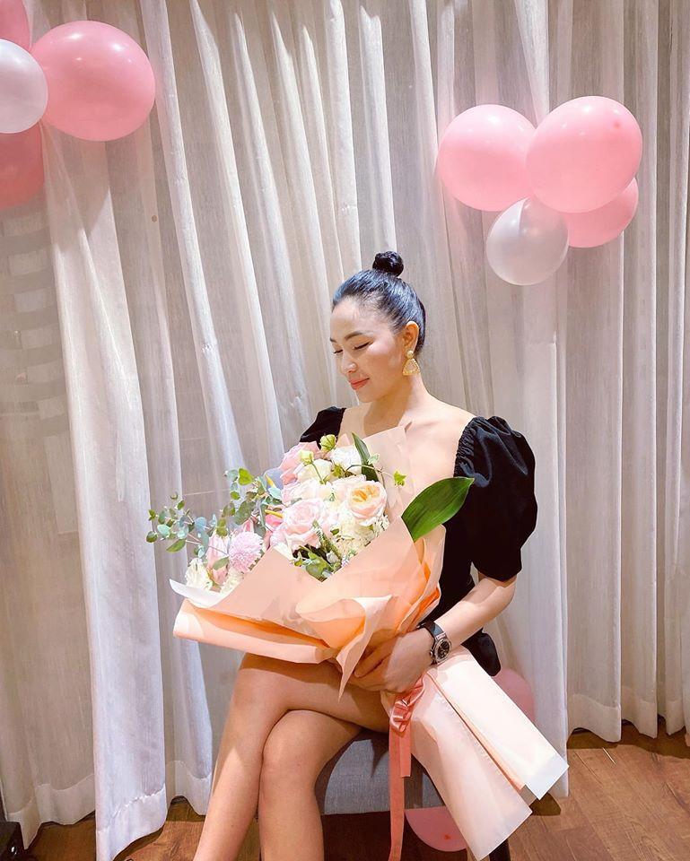 Đường tình lắm mối của Quỳnh Thư - mỹ nhân bị đồn yêu chồng cũ Quỳnh Nga-6