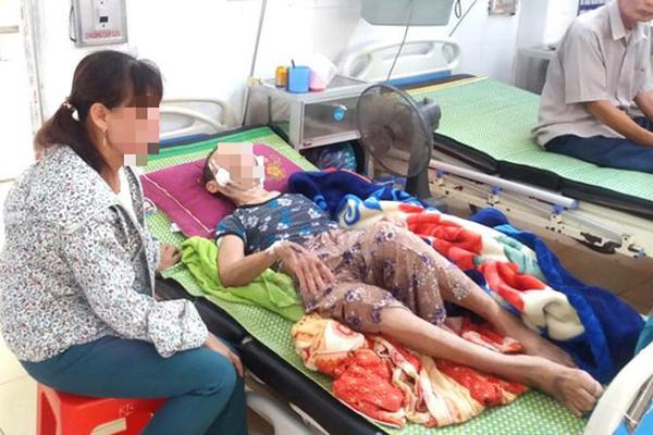 Hải Dương: Đau lòng con trai đánh mẹ già 84 tuổi bại liệt phải nhập viện cấp cứu-2