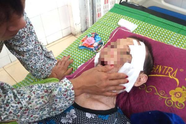 Hải Dương: Đau lòng con trai đánh mẹ già 84 tuổi bại liệt phải nhập viện cấp cứu-1