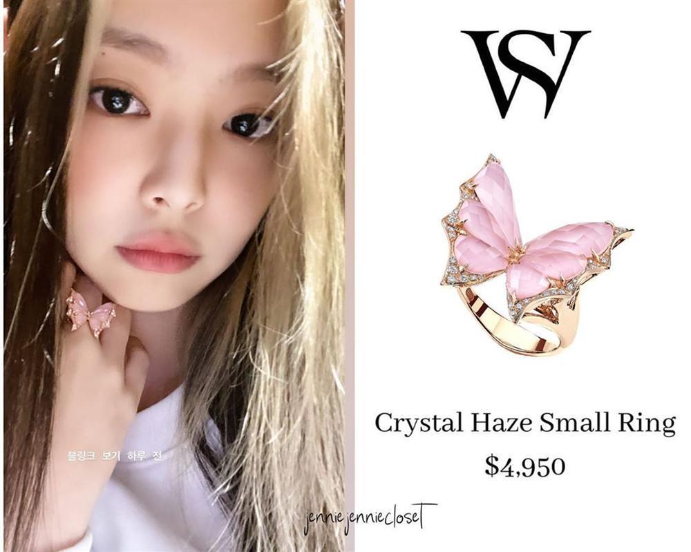 Công chúa YG như Jennie: Thảnh thơi đi chơi cũng diện nguyên cây hàng hiệu với giá trị khủng-4
