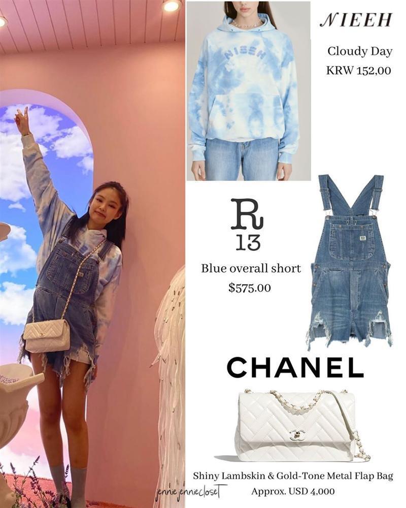 Công chúa YG như Jennie: Thảnh thơi đi chơi cũng diện nguyên cây hàng hiệu với giá trị khủng-6