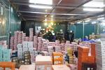 Phát hiện liên tiếp 2 kho hàng lậu gần sân bay Tân Sơn Nhất-5