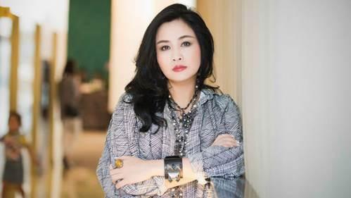 Trầm trồ trước không gian sống tràn ngập tượng Phật của Diva Thanh Lam và mẹ-1