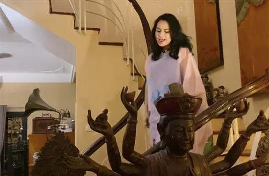 Trầm trồ trước không gian sống tràn ngập tượng Phật của Diva Thanh Lam và mẹ-5