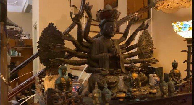 Trầm trồ trước không gian sống tràn ngập tượng Phật của Diva Thanh Lam và mẹ-6
