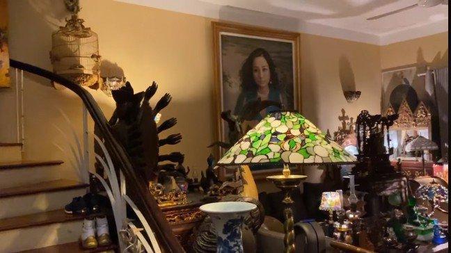 Trầm trồ trước không gian sống tràn ngập tượng Phật của Diva Thanh Lam và mẹ-10