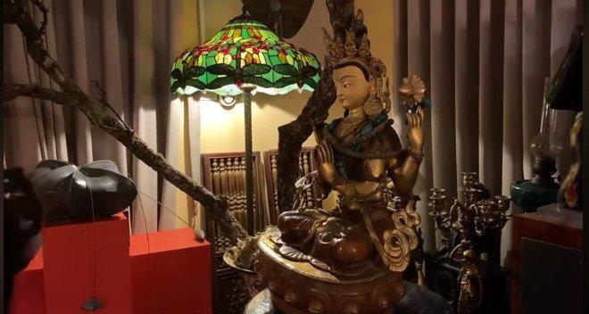 Trầm trồ trước không gian sống tràn ngập tượng Phật của Diva Thanh Lam và mẹ-8