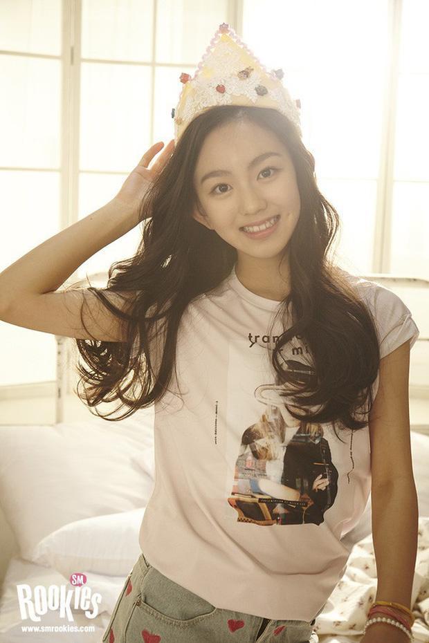Loạt ảnh cựu thực tập sinh SM rò rỉ, fan tiếc nuối vì Kpop suýt nữa có thêm nữ thần nhan sắc-6