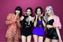 Rosé và Jennie mặc outfit 'lạ' khi BLACKPINK đoạt cúp thứ 5 với 'How You Like That'