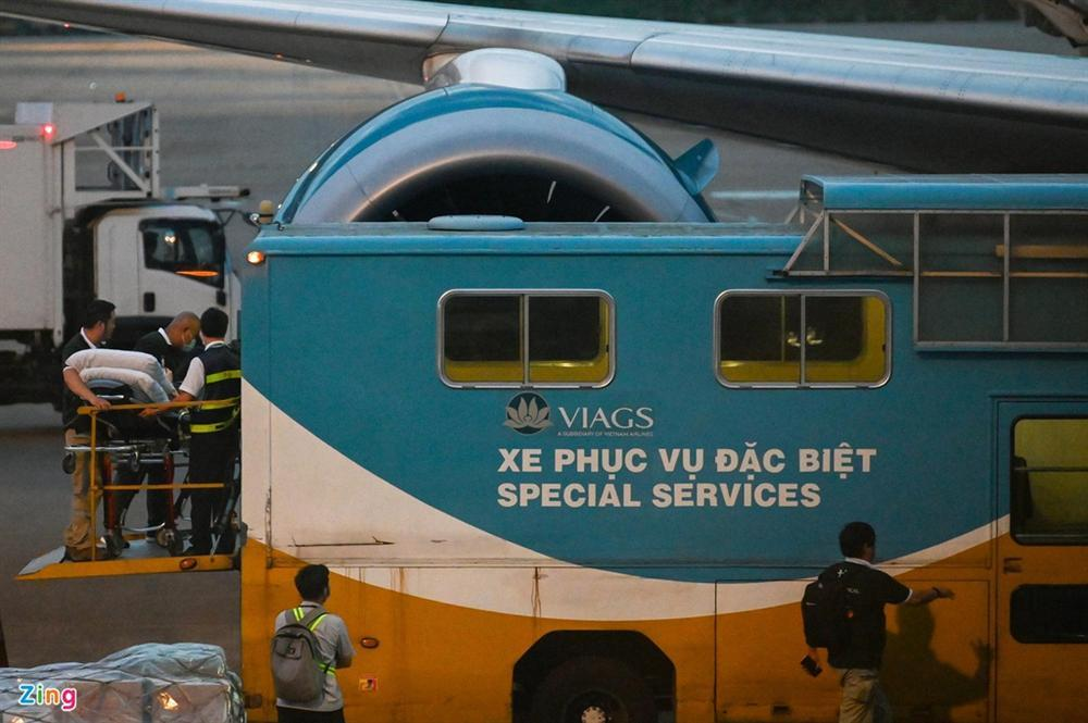 Bệnh nhân 91 lên máy bay bắt đầu hành trình về nước-2
