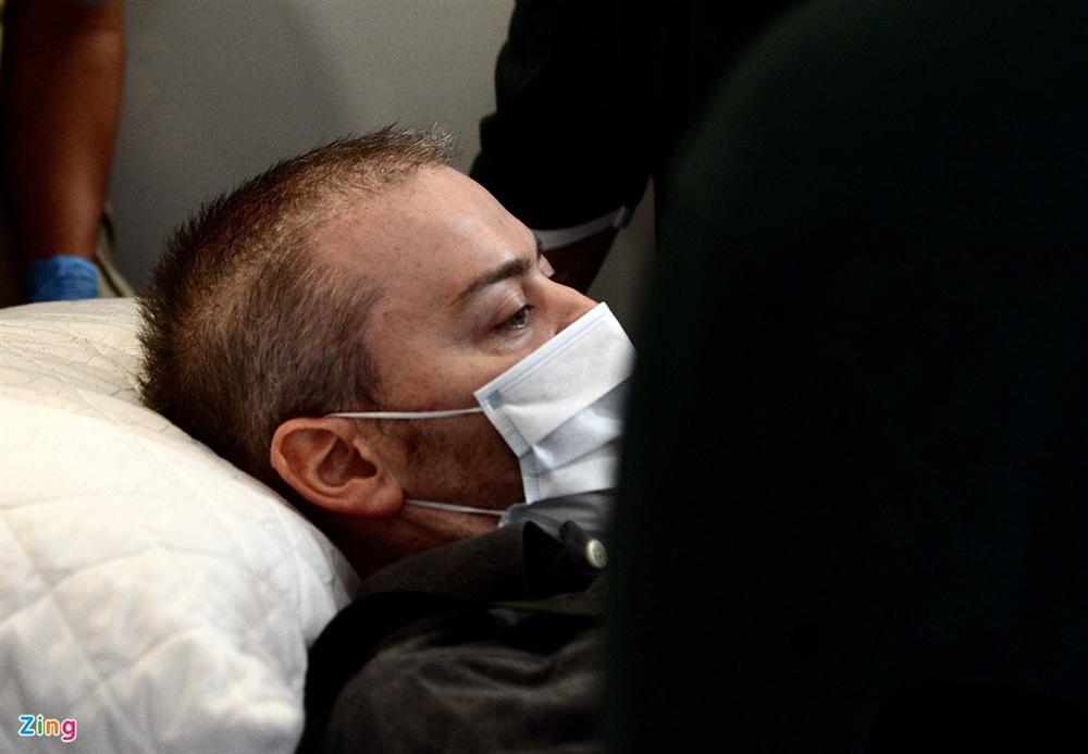 Bệnh nhân 91 lên máy bay bắt đầu hành trình về nước-8