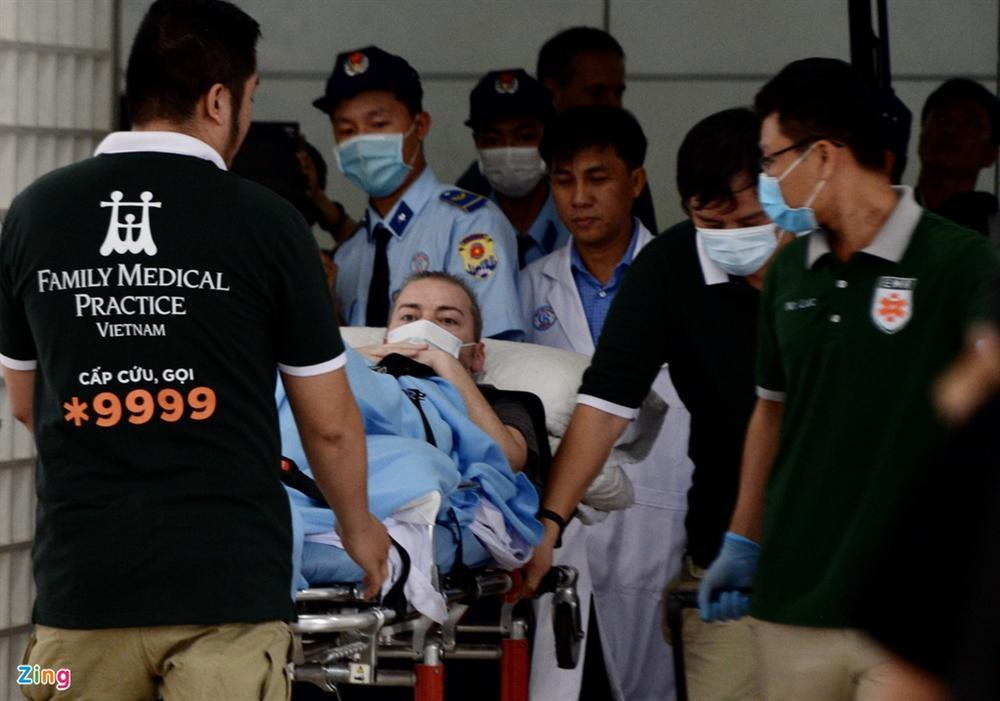 Bệnh nhân 91 lên máy bay bắt đầu hành trình về nước-10