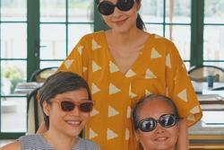Tăng Thanh Hà khoe ảnh bên mẹ và chị gái