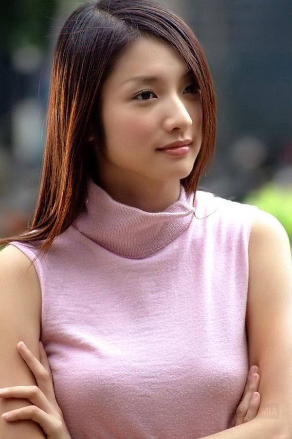 Những phim Hoa ngữ lên sóng sau khi diễn viên chính yểu mệnh qua đời: Khán giả xem mà day dứt khôn nguôi-9