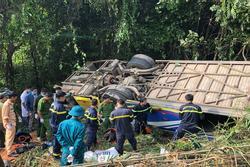 Xe khách lao xuống vực ở Kon Tum: Nạn nhân thứ 6 tử vong