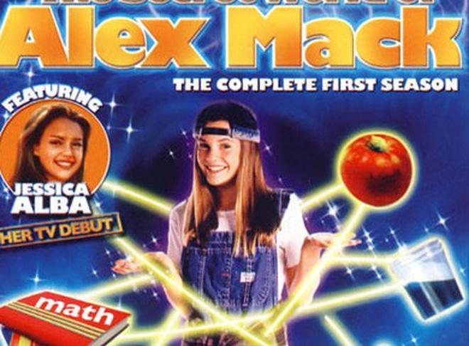 Nữ chính Thế giới bí mật của Alex Mack giờ ra sao?-1