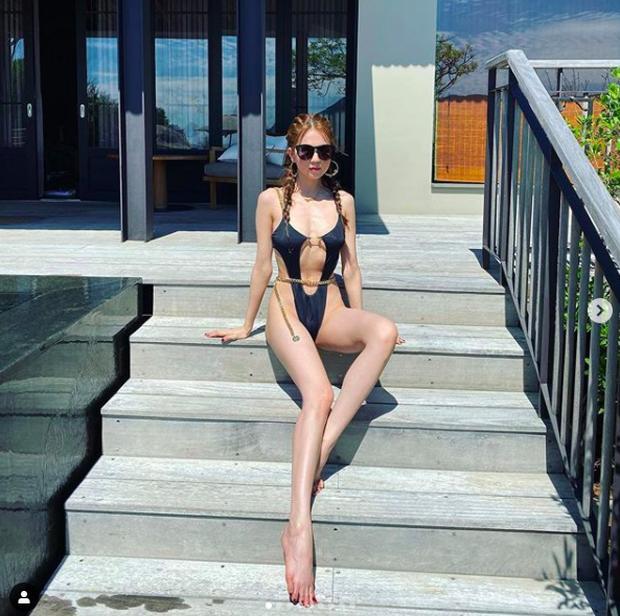 Ngọc Trinh diện bikini đọ dáng bên hội bạn thân Quỳnh Thư: Xinh đẹp chẳng kém ai nhưng body lại gầy lộ cả xương ngực!-4