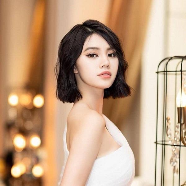 Jolie Nguyễn biết kiếm tiền, thân tự lập thân từ năm 15 tuổi-1