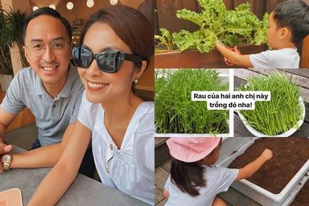 Nhóc tỳ nhà Hà Tăng vẫn giản dị theo mẹ trồng rau muống dù sống trong nhung lụa