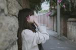 Đừng khiến bản thân trở nên hèn mọn vì đeo đuổi thứ tình yêu van cầu
