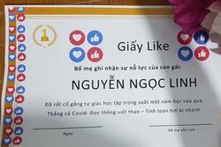 Bố tổ chức lễ bế giảng cho con: Tặng 'giấy ngàn like' thay cho giấy khen ở trường
