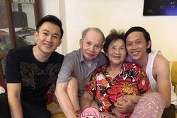 Quây quần bên bố mẹ, Hoài Linh - Dương Triệu Vũ lộ rõ điểm khác biệt