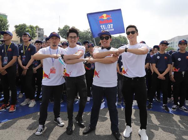 Red Bull ghi dấu ấn với Ngày Tích cực, xác lập kỷ lục châu Á-2