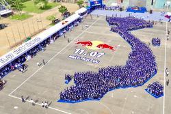 Red Bull ghi dấu ấn với Ngày Tích cực, xác lập kỷ lục châu Á