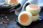 Không cần lò nướng, các chị vào mà xem cách làm bánh mì sữa xốp mềm bằng chảo đây này!