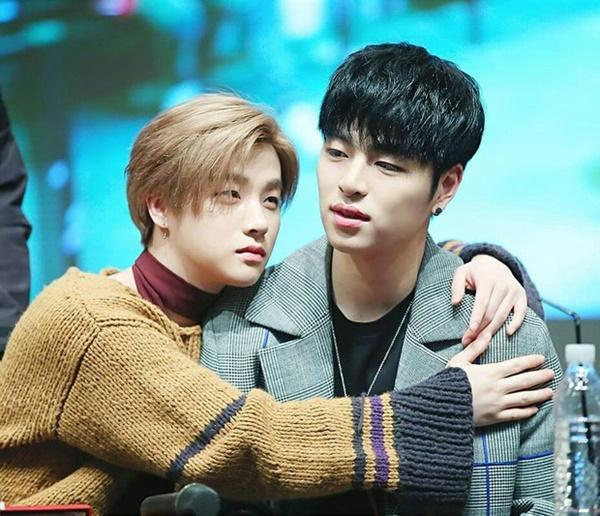NÓNG: 2 nam idol nổi tiếng Junhoe và Jinhwan (iKON) nhập viện vì tai nạn giao thông rạng sáng nay-1