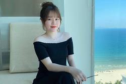 Huỳnh Anh được đồng nghiệp của Quang Hải gọi là 'quý bà' vì kiểu tóc, trang phục