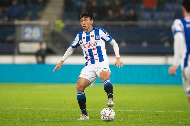 Báo Hà Lan đưa tin fanpage Heerenveen tụt follow vì Văn Hậu rời CLB-2