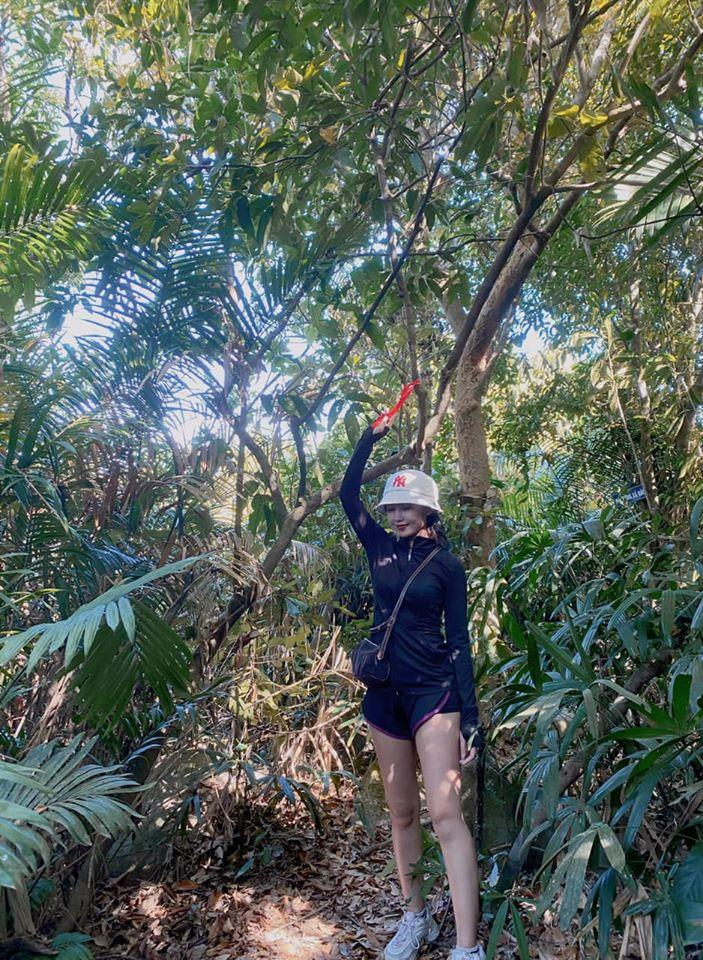 9X băng rừng tìm đến tọa độ sống ảo Mũi Nghê đẹp hiếm có ở Đà Nẵng-2
