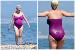 Sắp lâm bồn, Katy Perry tự tin diện đồ bơi lộ những vết rạn đùi chằng chịt
